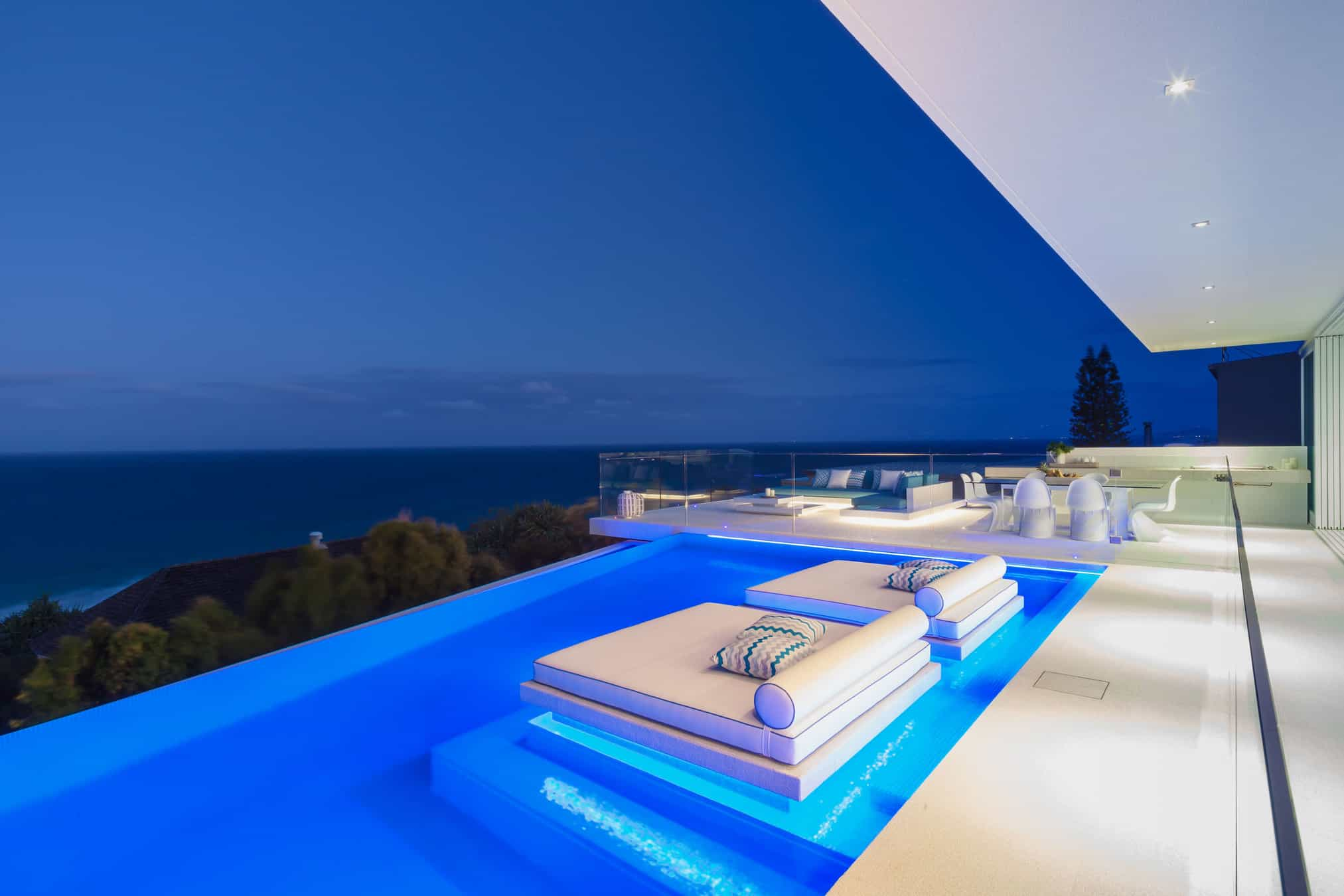 Azure house chris clout design for Domestic swimming pool design